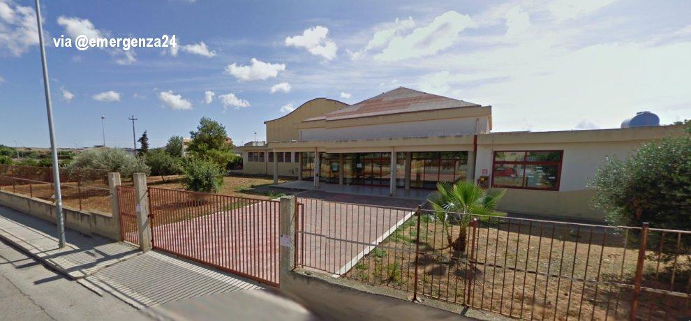 Scuola davanti a cui è scomparso Andrea